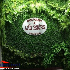 Tường cây giả, tường cỏ nhựa trang trí nhà hàng, khách sạn quán cafe